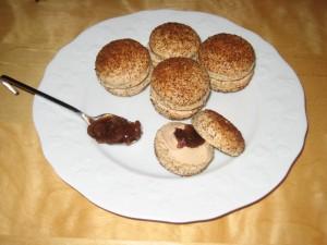 Macaron foie gras - confit de figues dans Macarons salés IMG_4310-300x225