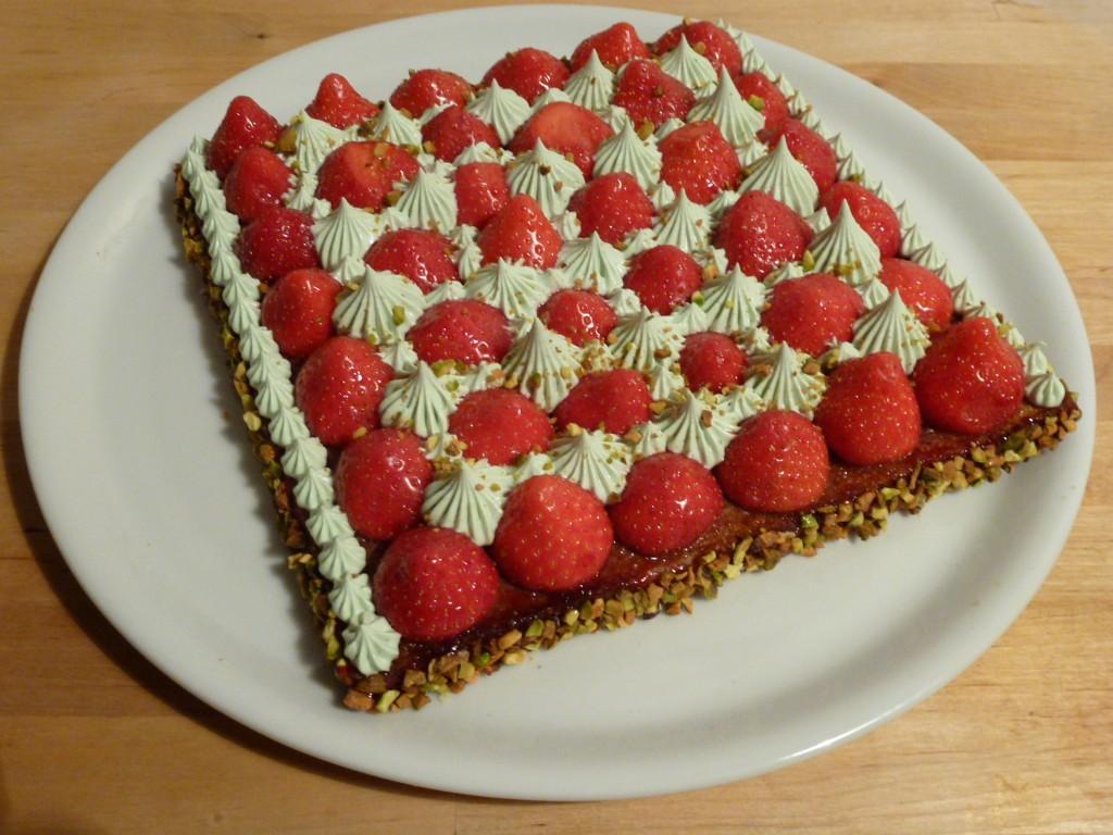 le sourire de garance 187 tarte aux fraises et sa cr 232 me 224 la pistache fa 231 on christophe michalak